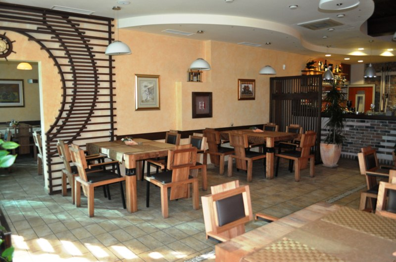 restoran-pizzeria-kolonija-5