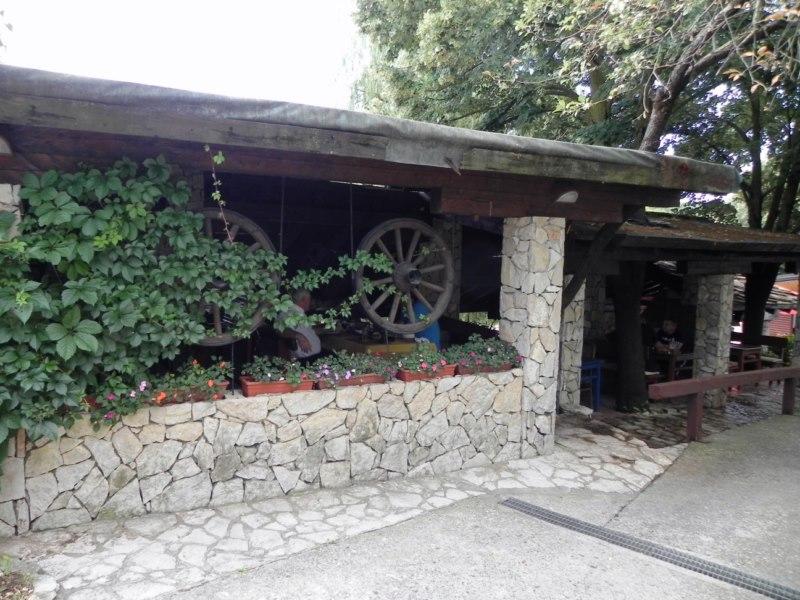 restoran-veseljak-siroki-brijeg-hercegovina-9-kopiraj
