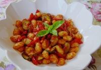 Salata od njoka, tikvica i paprike