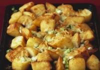 Zapečeni krumpir sa sirom