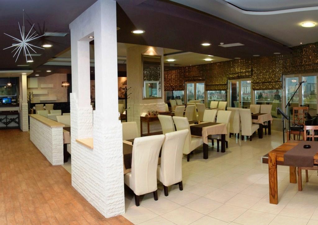 Restoran Megapolis Megamarkt Mostar (15) (Kopiraj)